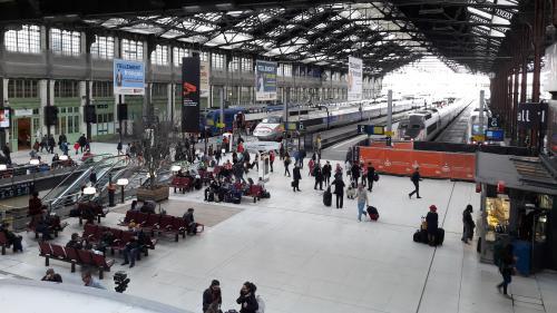 Grève à la SNCF : un TGV et un TER sur trois, deux Transilien sur cinq et un train Intercités sur cinq circuleront samedi