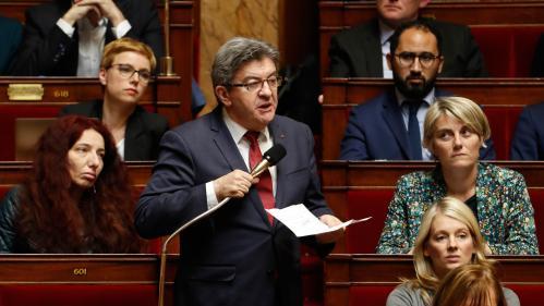 Frappes en Syrie: Jean-Luc Mélenchon dénonce, Marine LePen met en garde