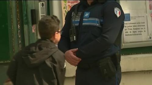 nouvel ordre mondial | Nice : la présence de policiers dans des écoles fait polémique