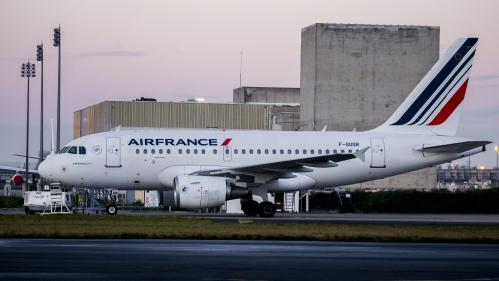 "Grève à Air France : la direction propose un accord ""final"" sur les salaires"