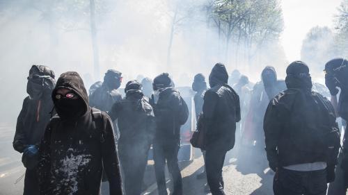 DIRECT. Mobilisation interprofessionnelle à Paris : 15300 manifestants, des heurts en tête du cortège