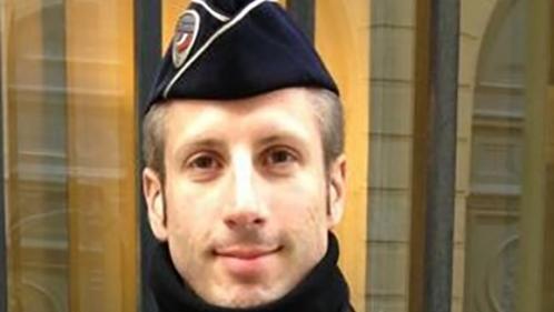 nouvel ordre mondial | Attentat sur les Champs-Élysées : hommage à Xavier Jugelé, un an après