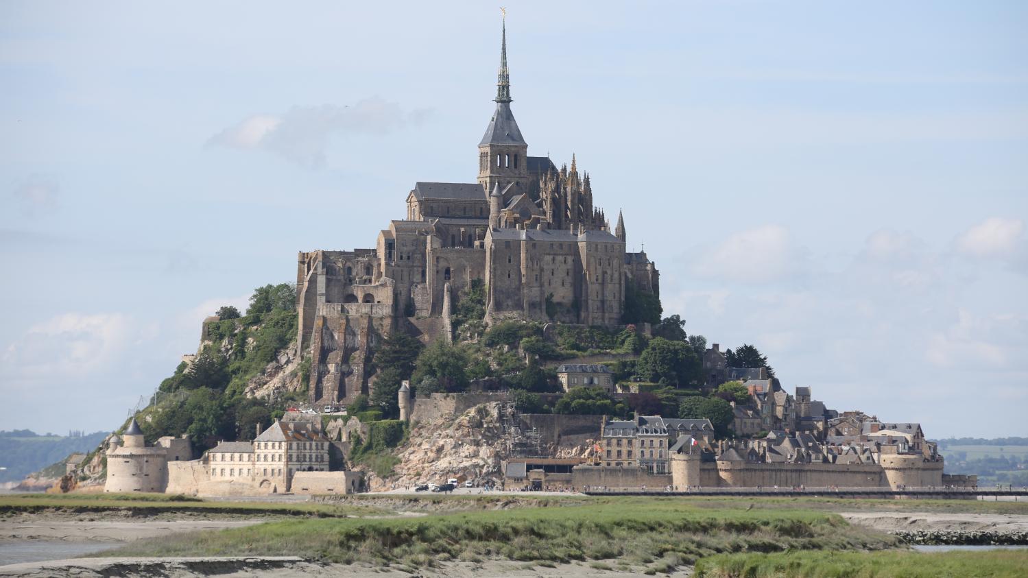 VIDEO. Mont-Saint-Michel : le rêve d'une centenaire se réalise