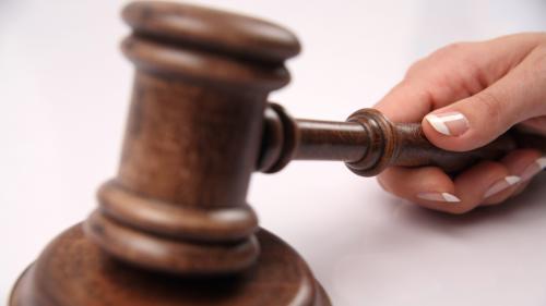 Justice : plus de sévérité pour les mineurs ?