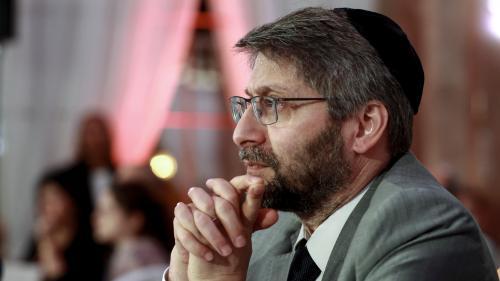 """Manifeste contre l'antisémitisme : le grand rabbin de France était """"réticent"""" à une """"compétition des risques"""" entre juifs et musulmans"""