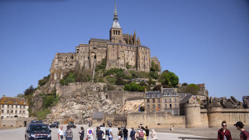 """Évacuation du Mont-Saint-Michel : le suspect a été mis en examen et placé en détention pour """"menaces de mort"""""""