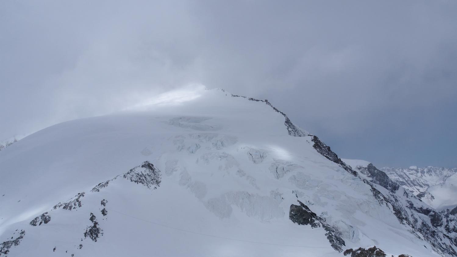 alpes suisses quatre randonneurs sont morts apr s avoir t surpris par une temp te. Black Bedroom Furniture Sets. Home Design Ideas