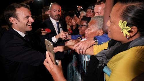 VIDEO. Nouvelle-Calédonie : Emmanuel Macron joue la carte de la neutralité