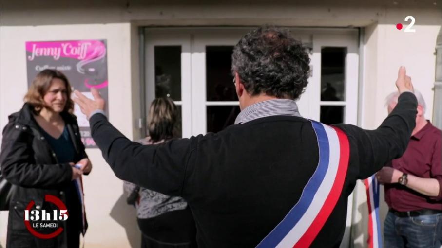 Video l 39 ouverture du salon de coiffure redonne espoir un village d 39 indre et loire qui se bat - Ouverture salon de coiffure ...