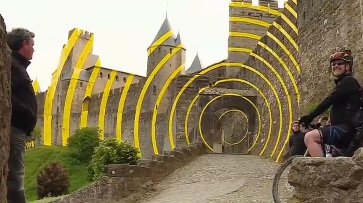 carcassonne des cercles jaunes sur les remparts s ment la discorde. Black Bedroom Furniture Sets. Home Design Ideas