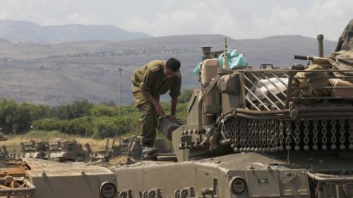 """Frappes sur des positions iraniennes en Syrie: """"Les Israéliens se sentent pousser des ailes"""""""