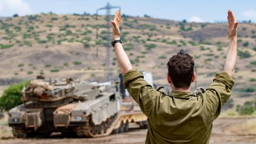 """Montée des tensions entre l'Iran et Israël : Hassan Rohani """"sait que sur le plan militaire, l'Iran ne fait pas le poids"""""""