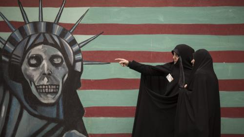 """""""Trump a pris une décision absurde"""" : à Téhéran, les Iraniens craignent les conséquences sur leur quotidien"""