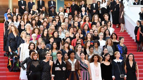 """Résultat de recherche d'images pour """"Marche des femmes cineema"""""""