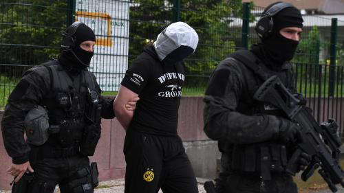 DIRECT. Attaque au couteau à Paris: une perquisition a eu lieu à Strasbourg après l'interpellation d'un ami de l'assaillant