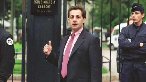 RECIT. Prise d'otages dans une maternelle de Neuilly en 1993 : le jour où Nicolas Sarkozy s'est révélé aux yeux du grand public