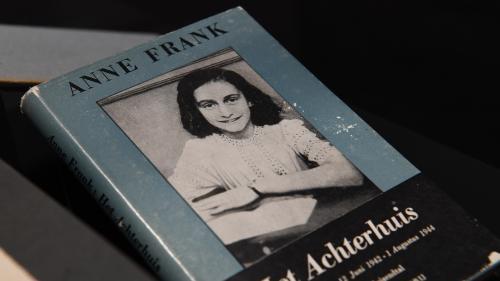 Dans son célèbre journal intime, Anne Frank parlait aussi de sexualité