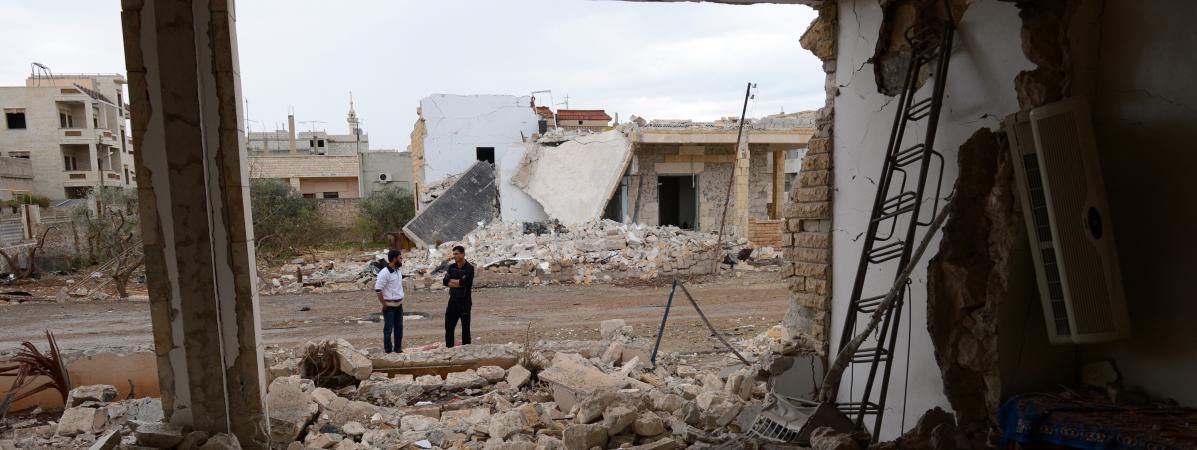 Des bâtiments détruits par des frappes du régime syrien dans la ville deSaraqeb, le 9 novembre 2012.