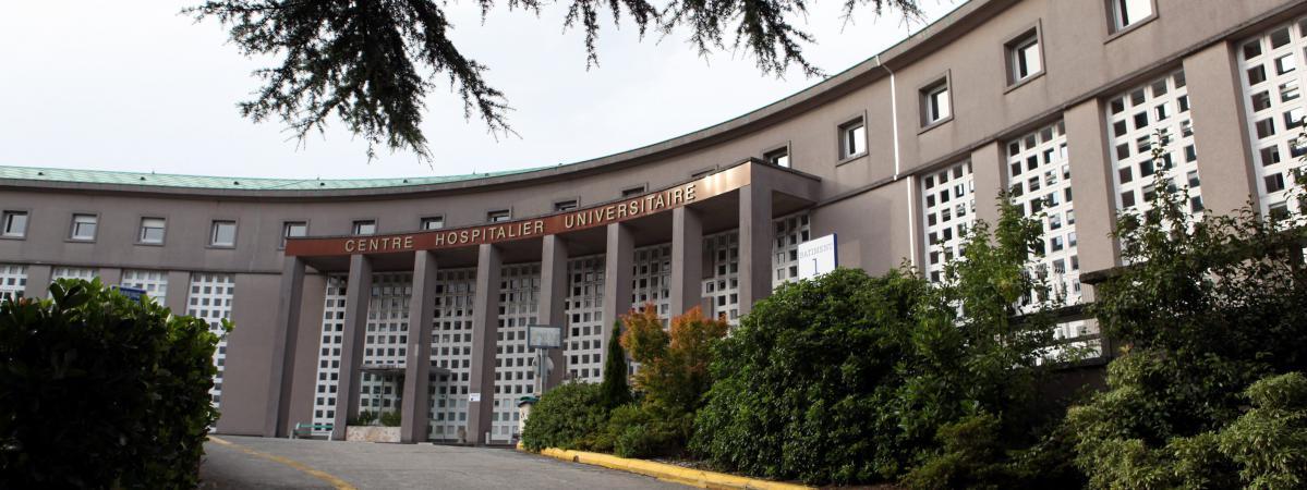L\'hôpital Morvan de Brest, d\'où s\'est échappé un déténu lors de son transfer entre la prison et le CHU, mercredi 16 mai 2018.