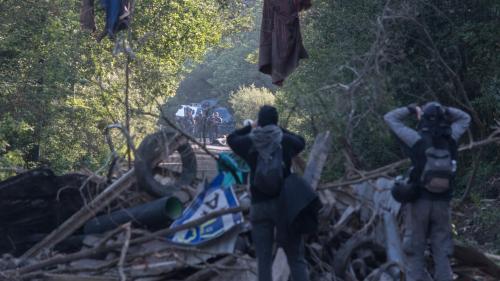 DIRECT. Notre-Dame-des-Landes : début d'une deuxième opération d'expulsion de la ZAD, 1 800 gendarmes mobiles sur place