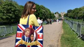 VIDEO. Les Britanniques sont fin prêts pour le Royal Wedding