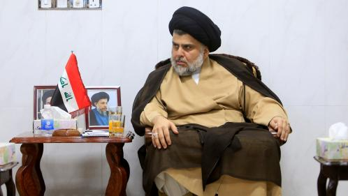 """Irak : le Premier ministre sortant battu par le candidat """"antisystème"""" Moqtada Al-Sadr aux élections législatives"""