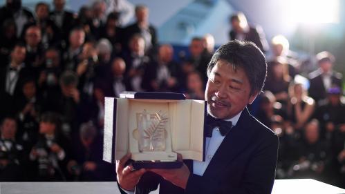 """Cannes : la critique d'""""Une affaire de famille"""" de Hirokazu Kore-eda, lauréat de la Palme d'or"""