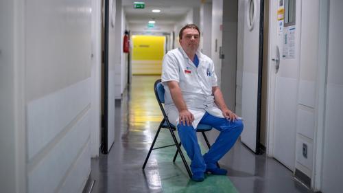 """""""Personne n'y croyait"""" : comment des médecins français ont réussi à greffer des trachées artificielles   https://www.francetvinfo.fr/sante/decouverte-scientifique/personne-n-y-croyait-comment-des-medecins-francais-ont-reussi-a-greffer-des-trachees-artific"""