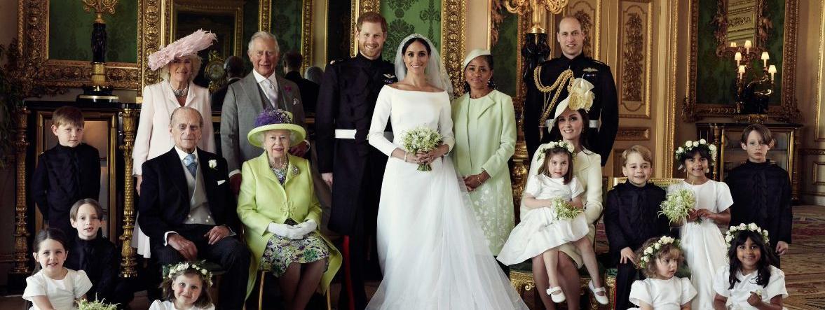 Le prince Harry et l\\\u0027actrice Meghan Markle, notamment entourés de la reine