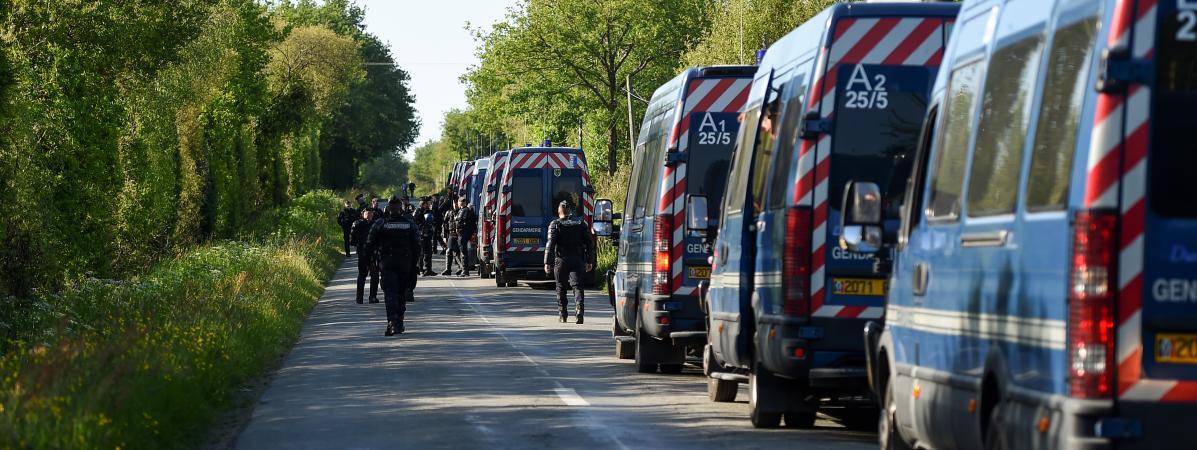 Les fourgons de CRS déployés sur la ZAD de Notre-Dame-des-Landes, le 18 mai.