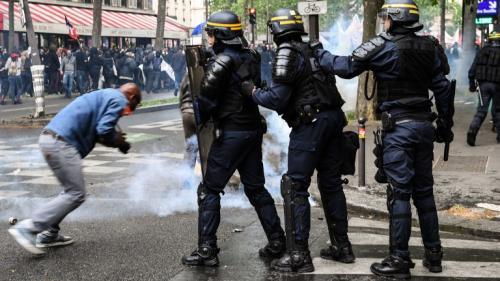 DIRECT. Des échauffourées éclatent en marge de la manifestation des fonctionnaires à Paris, 17interpellations