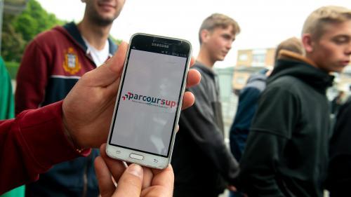 Parcoursup : à Toulouse, élèves et enseignants ensemble dans l'attente après les résultats