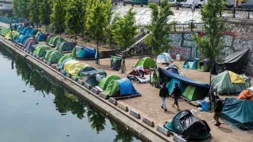 Gérard Collomb demande l'évacuation des campements de migrants à Paris