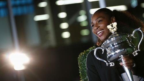 fb0e414a46f Article similaire à Serena Williams vedette de la dernière pub Nike ...