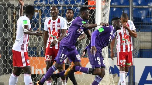 Foot : Toulouse écrase Ajaccio (3-0) et se rapproche du maintien en Ligue 1