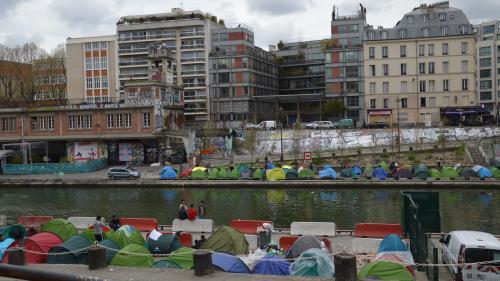 Migrants à Paris : on vous résume la polémique entre Gérard Collomb et Anne Hidalgo