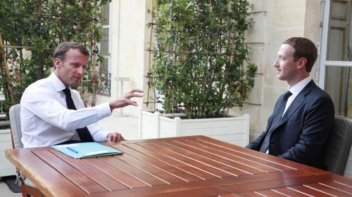 """Emmanuel Macron souhaite travailler avec Facebook pour créer une loi européenne """"contre la propagande terroriste et le harcèlement sur internet"""""""