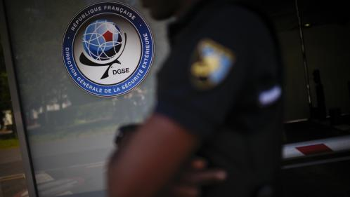 """Soupçons d'espionnage : """"Je ne l'imagine pas trahir son pays"""", dit le frère de l'un des ex-agents mis en examen"""