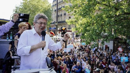 """""""Un cycle nouveau a commencé"""" : Jean-Luc Mélenchon se félicite de la """"mobilisation unitaire"""" de samedi"""
