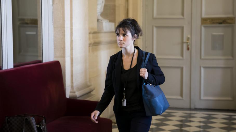 """VIDEO. """"Le salaud !"""" : une députée LREM découvre en direct une déclaration du ministre Stéphane Travert"""
