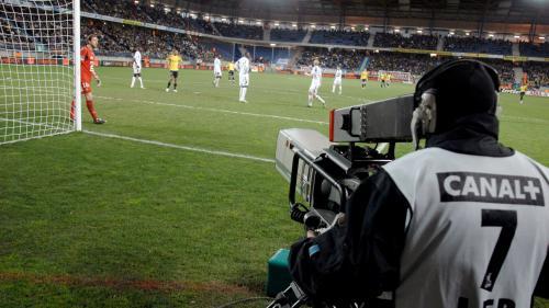 Foot : comment la perte des droits de diffusion de la Ligue 1 fait vaciller Canal+