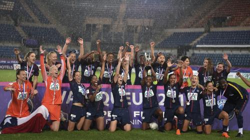 Foot : l'équipe féminine du PSG gagne la Coupe de France et prive l'OL d'un nouveau triplé