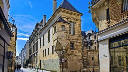 """""""Avec la loi Elan, on aurait passé le bulldozer dans le Marais"""", préviennent les défenseurs du patrimoine"""