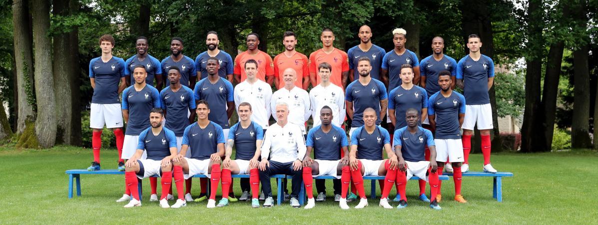 Foot l 39 quipe de france d voile sa photo officielle pour le mondial en russie - France television coupe de france ...