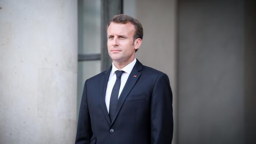 """""""Aquarius"""" : Macron dénonce le """"cynisme"""" et """"l'irresponsabilité"""" de l'Italie"""