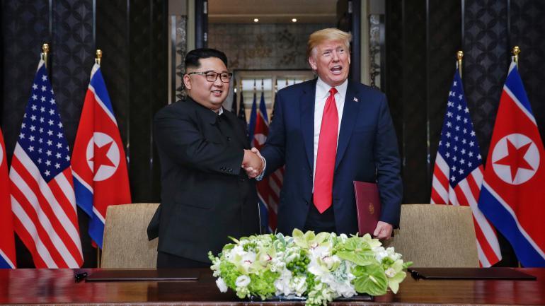 """""""Le président américain fait tout pour obtenir le prix Nobel de la paix"""" 15228309"""