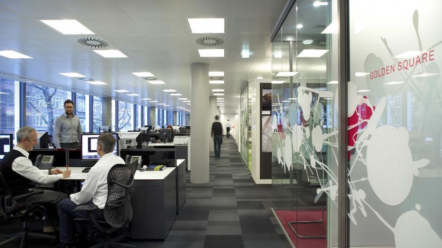 Flex office ne plus avoir de bureau individuel s duit de plus en plus d 39 entreprises et de - Presse papier open office ...