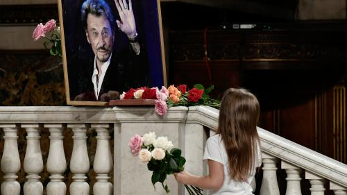 DIRECT. Cérémonie d'hommage à Johnny Hallyday: après les chansons des fans, la messe a débuté à la Madeleine