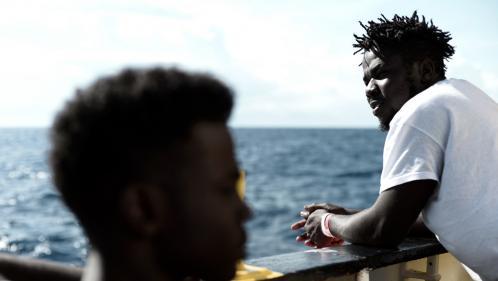 """""""Aquarius"""" : """"Tout le monde ressent une grande fatigue"""", selon une volontaire de SOS Méditerranée à bord du navire"""