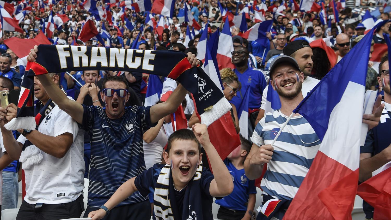 Coupe du monde 2018 pourquoi les bleus ne devront pas trop compter sur leurs supporters en russie - Poule coupe du monde foot ...